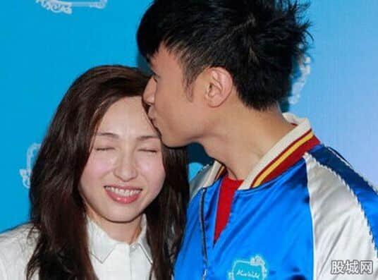 古巨基老婆曝光陈英雪做了22年隐形女友_明星