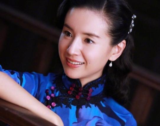 陈坤等了她13年不结婚,在她离婚后,如今41岁终于得到她!