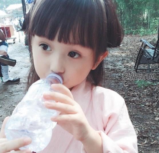 刘楚恬芈月传剧照 揭刘楚恬爸爸妈妈资料背景