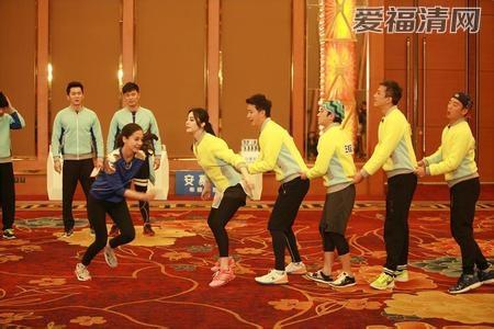 奔跑吧兄弟 第二季第一期郑凯在车上唱的江湖在线奔跑吧兄...