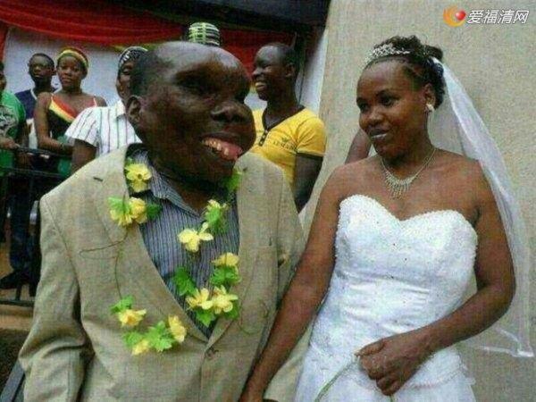 乌干达最丑男人 很受女人欢迎而且靠脸吃饭