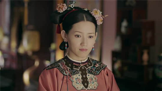 瓜尔佳氏是满洲大姓,清朝历史上 虽然正史中对傅恒的这位夫人描述