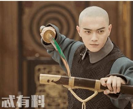 延禧攻略富察傅恒的扮演者是谁 傅恒喜欢魏璎珞吗
