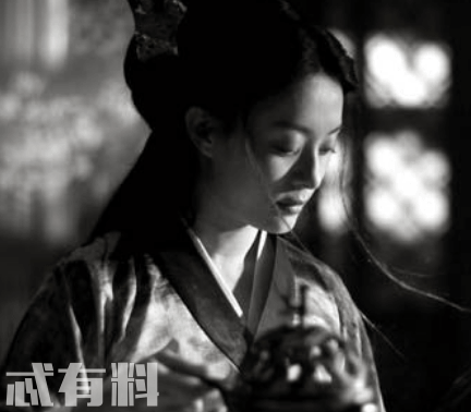 张艺谋影青萍和杨平有感情戏吗 青萍喜欢杨平吗